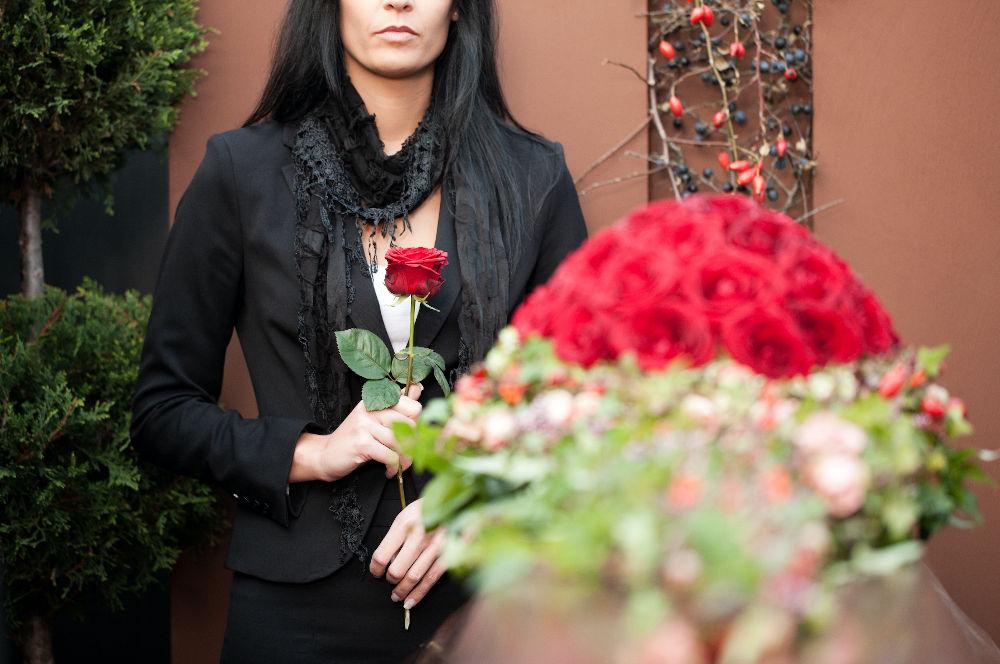 Galateo fiori per un funerale